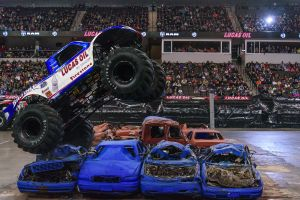 MonsterTruckNationalsSearsCentre032115-008.jpg
